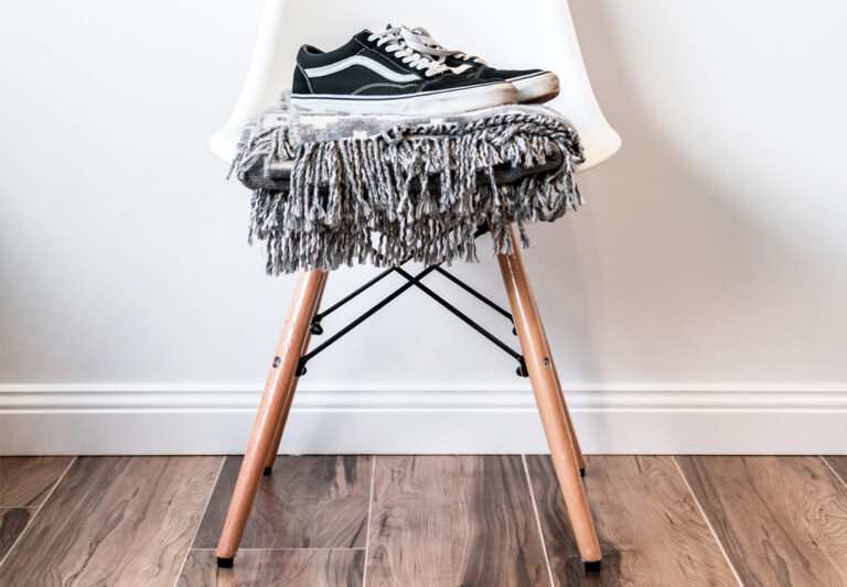 Read more about the article How to paint skirting boards